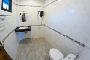 lotus-bathroom